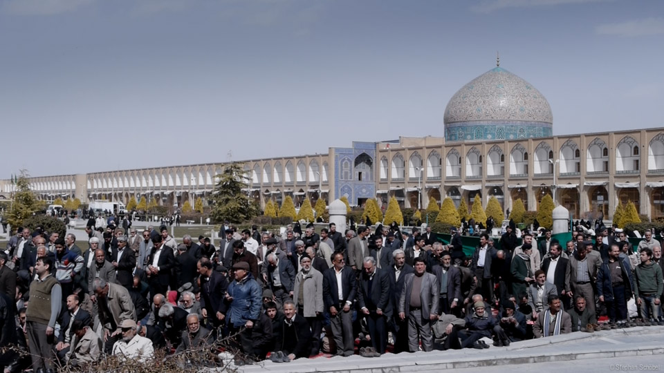 ato_esfahan_friday_prayer_at_naqsh-e-jahan_square