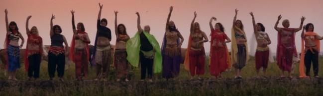 Kritik: Die mit dem Bauch tanzen