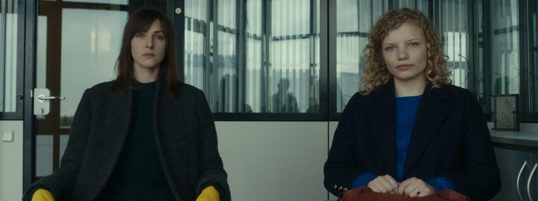 Verlosung: 2x1 Zugangscode zum Online-Kinostart von STILLSTEHEN