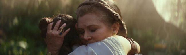 Leai umarmt Rey